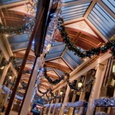 A Guide to Christmas Shopping in Bristol