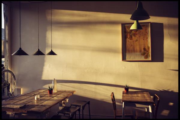Mockingbird Cafe before opening hours.
